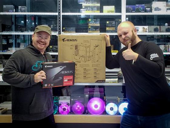 Memory Express + Gigabyte Holiday Giveaway